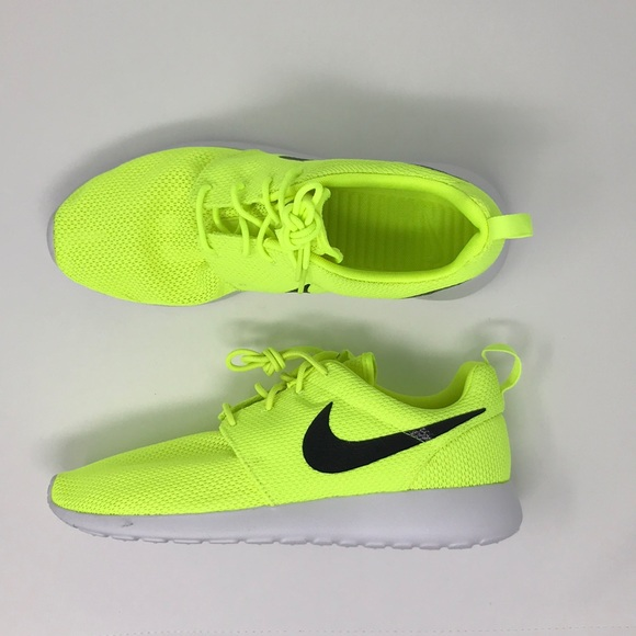 ec341b054f0ea Nike Roshe one neon volt green yellow shoes